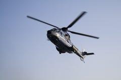 Hélicoptère : EN TANT QU'hélicoptère superbe d'euro du puma 332 L1 Images libres de droits