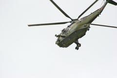 Hélicoptère en vol Photos libres de droits