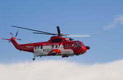 Hélicoptère irlandais de recherche et de sauvetage de la garde côtière Photographie stock libre de droits