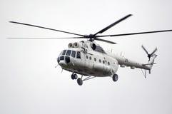 Hélicoptère MI-8 avec la coloration de l'ONU Images libres de droits