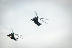 Hélicoptère Mi-24 de derrière Photo stock