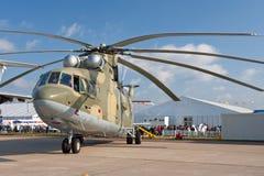 Hélicoptère militaire vert et gris Images libres de droits
