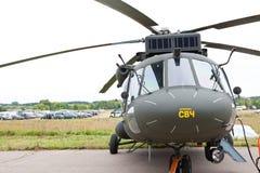 Hélicoptère militaire vert et gris Photo libre de droits