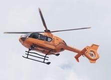 Hélicoptère orange de sauvetage Images libres de droits