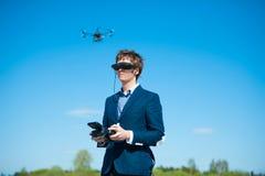 Hélicoptère télécommandé Images libres de droits