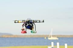 Hélicoptère télécommandé de surveillance Images libres de droits