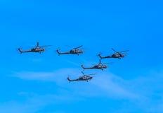 2 hélicoptères de combat du mil Mi-28N (ravage) Image libre de droits