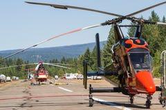 Hélicoptères de pompier Images libres de droits