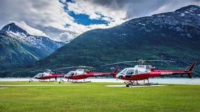 Hélicoptères de Temsco dans Skagway, Alaska images libres de droits