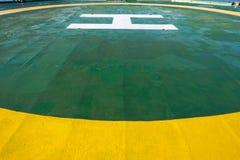 Héliport vert de plate-forme pétrolière Photo stock