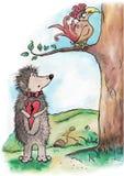 Hérisson dans l'amour et un oiseau Image libre de droits