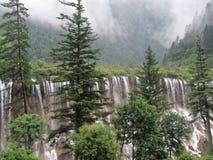Héritage naturel de cascade-Jiuzhaigou-monde de NuoRiLang image libre de droits
