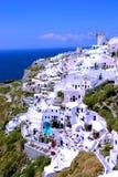 Hôtel à Oia sur l'île de Santorini, Grèce Images libres de droits