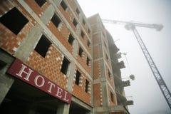 Hôtel dans la construction Photos libres de droits
