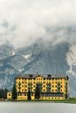 Hôtel dans les Alpes no.1 Photos stock