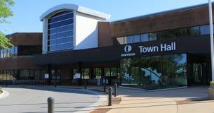 Hôtel de ville à Oakville, Canada 4K banque de vidéos