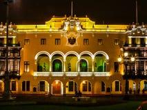 Hôtel de ville, aka Municipal de Palacio, au maire de plaza à Lima, le Pérou images libres de droits