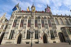 H?tel de Ville de Bruges, un des h?tels de ville les plus anciens dans la r?gion n?erlandaise enti?re, Bruges, Belgique images stock