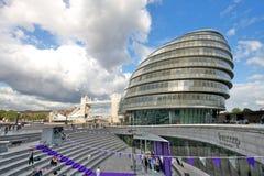 Hôtel de ville de Londres et passerelle de tour Photo libre de droits