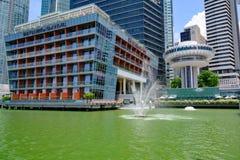 Hôtel Singapour vu du côté de l'eau, Singapour de baie de Fullerton photos stock