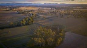 Höbaler i den sceniska kanten, Queensland, Australien Royaltyfria Foton