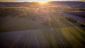 Höbaler i den sceniska kanten, Queensland, Australien Royaltyfri Bild