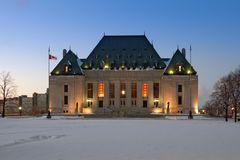 Höchstes Gericht von Kanada im Winter Stockfotografie