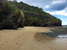Höchstgeschwindigkeitszeichen auf dem 90 Meilen-Strand, Ahipara, Neuseeland Stockfotografie