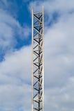 Hög aluminum mast Arkivbild