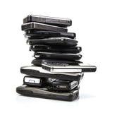 Hög av gamla mobiltelefoner Fotografering för Bildbyråer