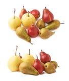 Hög av gräsplan, isolerade röda gula päron royaltyfri fotografi