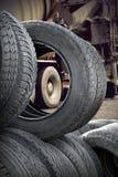 Hög av gummihjul Royaltyfria Foton