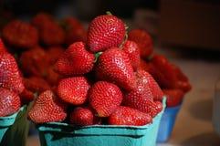 Hög av jordgubbar Royaltyfri Fotografi