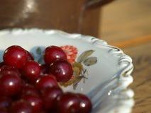 Hög av nya Cherry Fruits Royaltyfri Foto