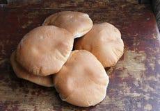 Hög av rundor för nytt bröd Royaltyfri Fotografi