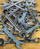Hög av skiftnycklar Royaltyfria Foton
