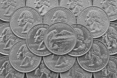 Hög av USA-fjärdedelmynten med George Washington Fotografering för Bildbyråer