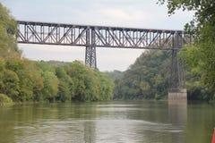 hög bro Arkivfoton