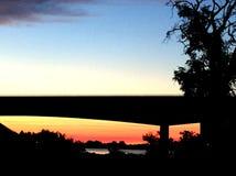 Hög-Def Columbia punkt; Pasco bro- och tangerinhimlar Fotografering för Bildbyråer