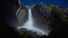 hög för landskapbilder för definition 4K regnbåge fotografering för bildbyråer