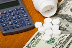 hög kostnadssjukvård arkivfoton