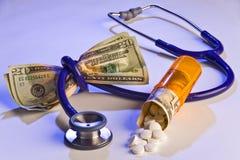 hög läkarundersökning för kostnad Arkivfoton
