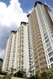 hög modern stigning för lägenheter Royaltyfria Bilder