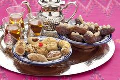 hög moroccan tea Royaltyfri Foto
