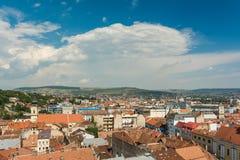 Hög sikt av den Cluj Napoca staden Royaltyfri Bild