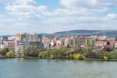 Hög sikt av den Cluj Napoca staden Arkivfoto