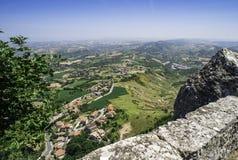 Hög sikt från San Marino Arkivfoton