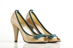 hög sko för häl fotografering för bildbyråer