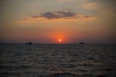 hög solnedgång för jpgupplösningshav Arkivbilder
