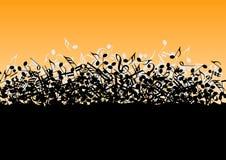 Hög som består av musikaliska anmärkningar Royaltyfria Foton